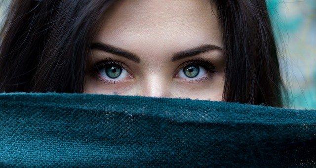 Отеки под глазами, как избавиться